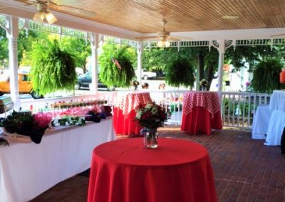 veranda-red-table
