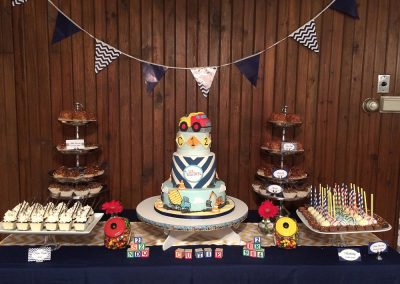 The-Blue-Owl-Restaurant-cake-table-sm